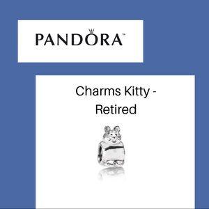 Classic Pandora Cat Charm